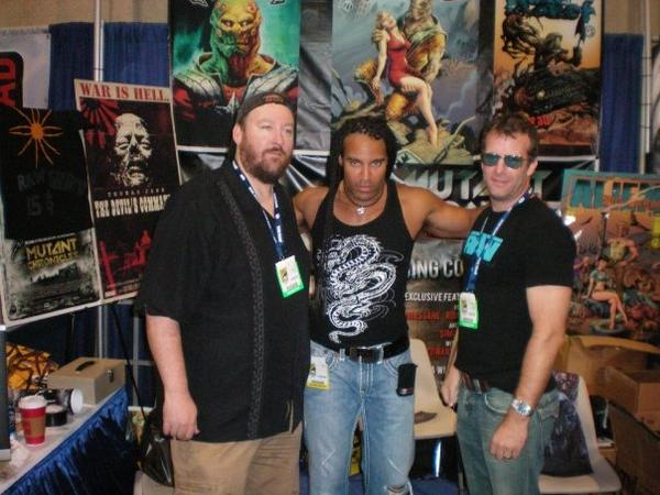 Tim, TJ Storm, and Tom! in Comic-Con 2008 at Raw Booth by